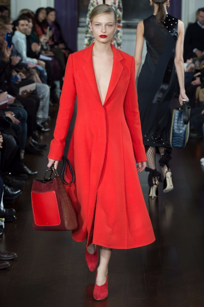 Trend Book 2018: Scarlet Red, A Powerful Color