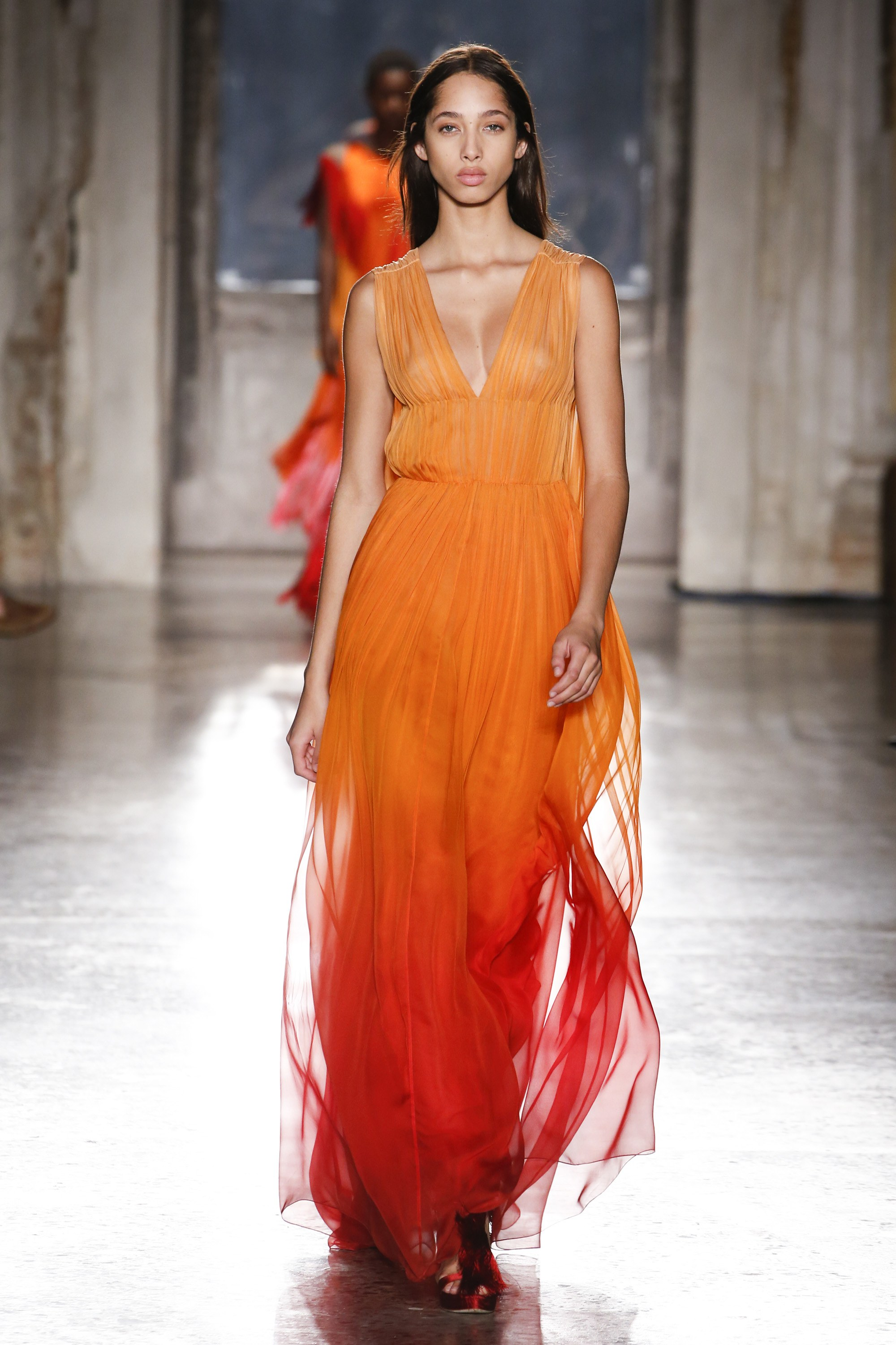 Orange Just Like Fire // Latest Color Trend For 2019/20