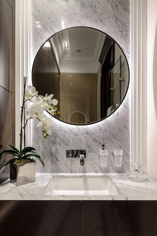 5 Interior decor tips for small bathrooms on Modern:kkgewzoz5M4= Small Bathroom  id=69566