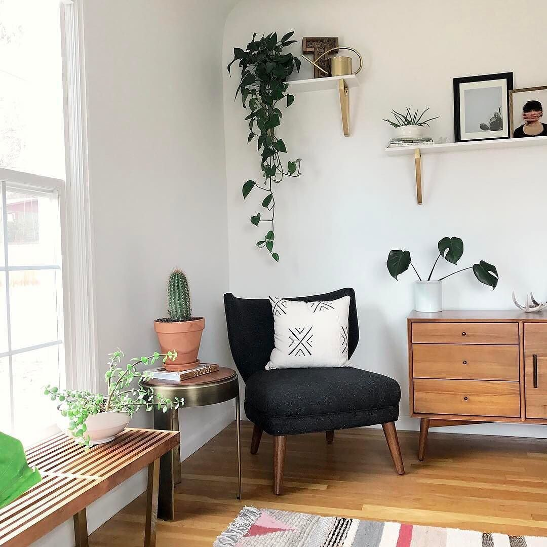 8 Iconic Mid Century Modern Pieces You Need
