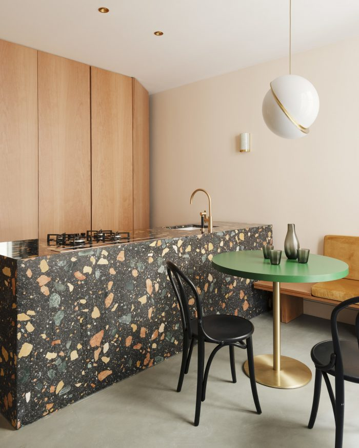 Modern 80's Design kitchen