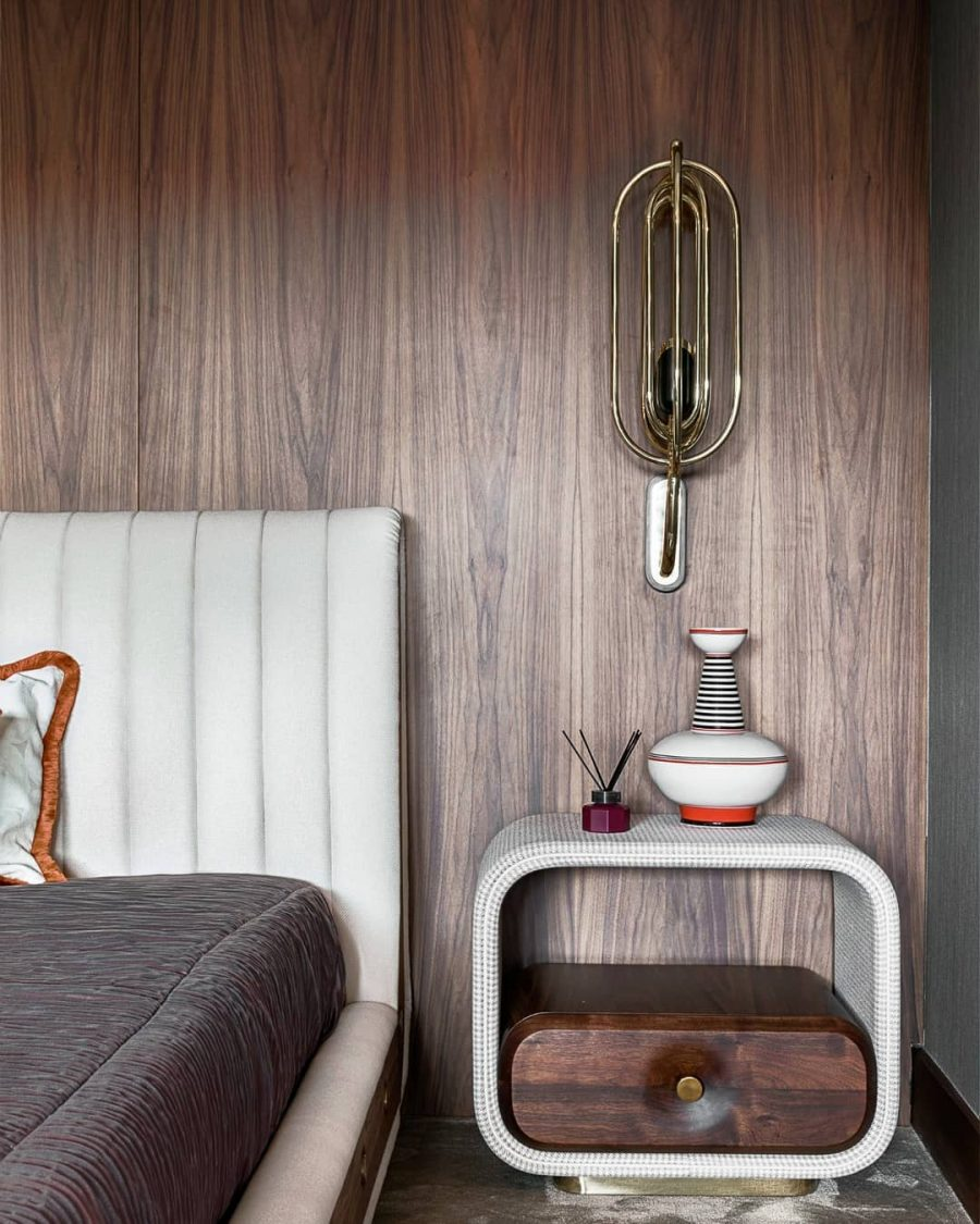 LOOKING FOR THE PERFECT VINTAGE DUE FOR YOUR MID-CENTURY BEDROOM
